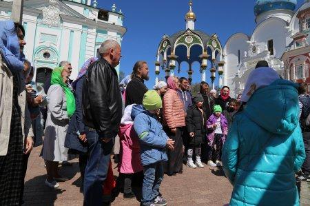 Паломническая поездка в Сергиев Посад и к источнику Сергия Радонежского (14 мая 2017)